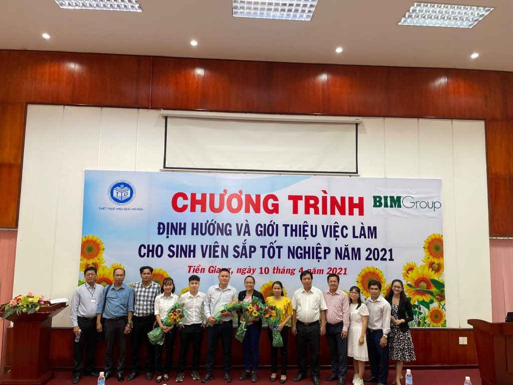 """JKA Tien Giang proudly held """"Vocational Guidance and Consulting"""""""